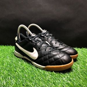 Nike Tiempo Soccer Shoes